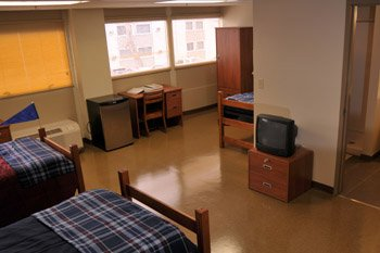 Picture of inside of a dorm room